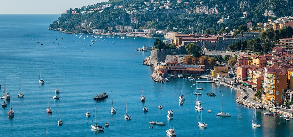 Natur und Stadt an der Côte d'Azur