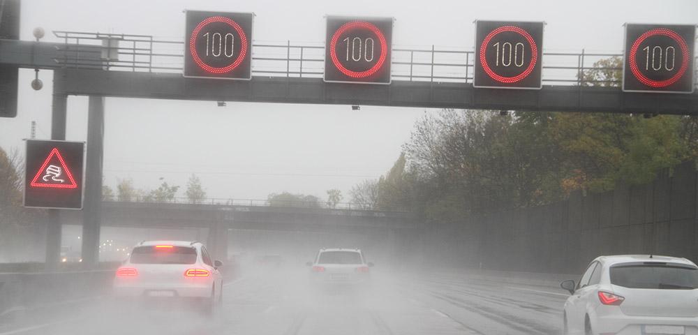 Unwetter auf der Autobahn