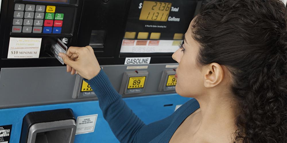 Viele Tankkarten bieten Rabatte auf Treibstoff.